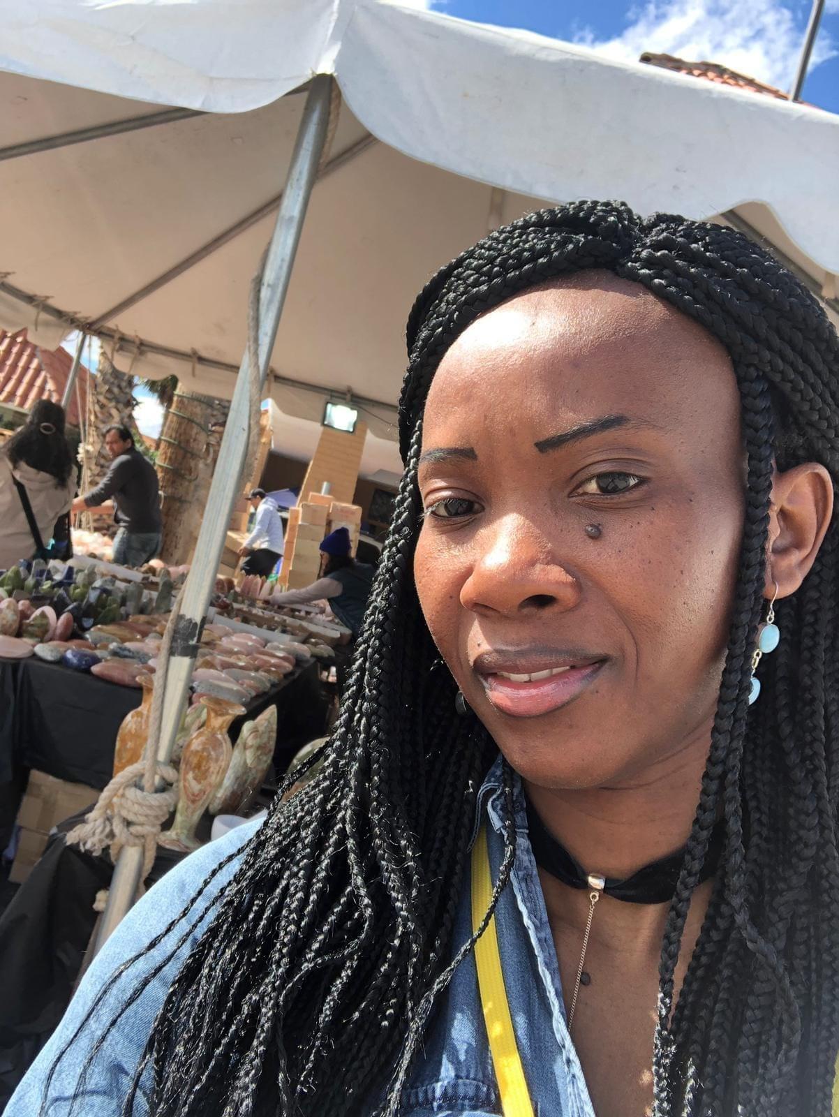 Merveille Ouédraogo: De vendeuse de gâteaux au Burkina Faso au commerce de pierres précieuses aux USA