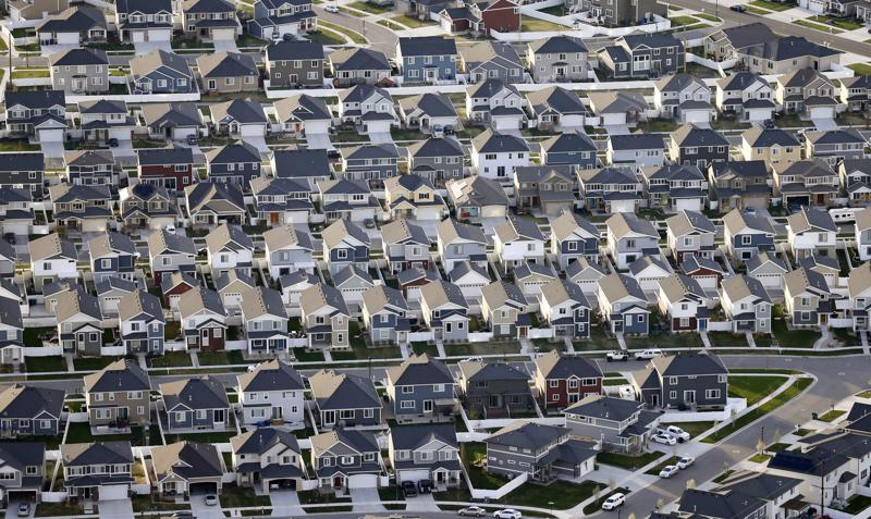 Census shows US is diversifying, white population shrinking